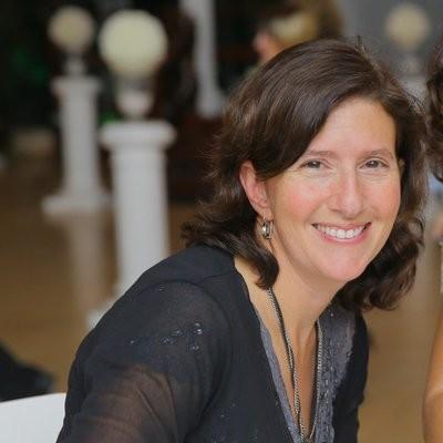 Julie-Zuckerman
